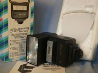 '   CARL ZEISS 3600 BOXED-MINT ' Carl Zeiss 3600 Jenazoom Professional Camera Flash Boxed -MINT- £24.99